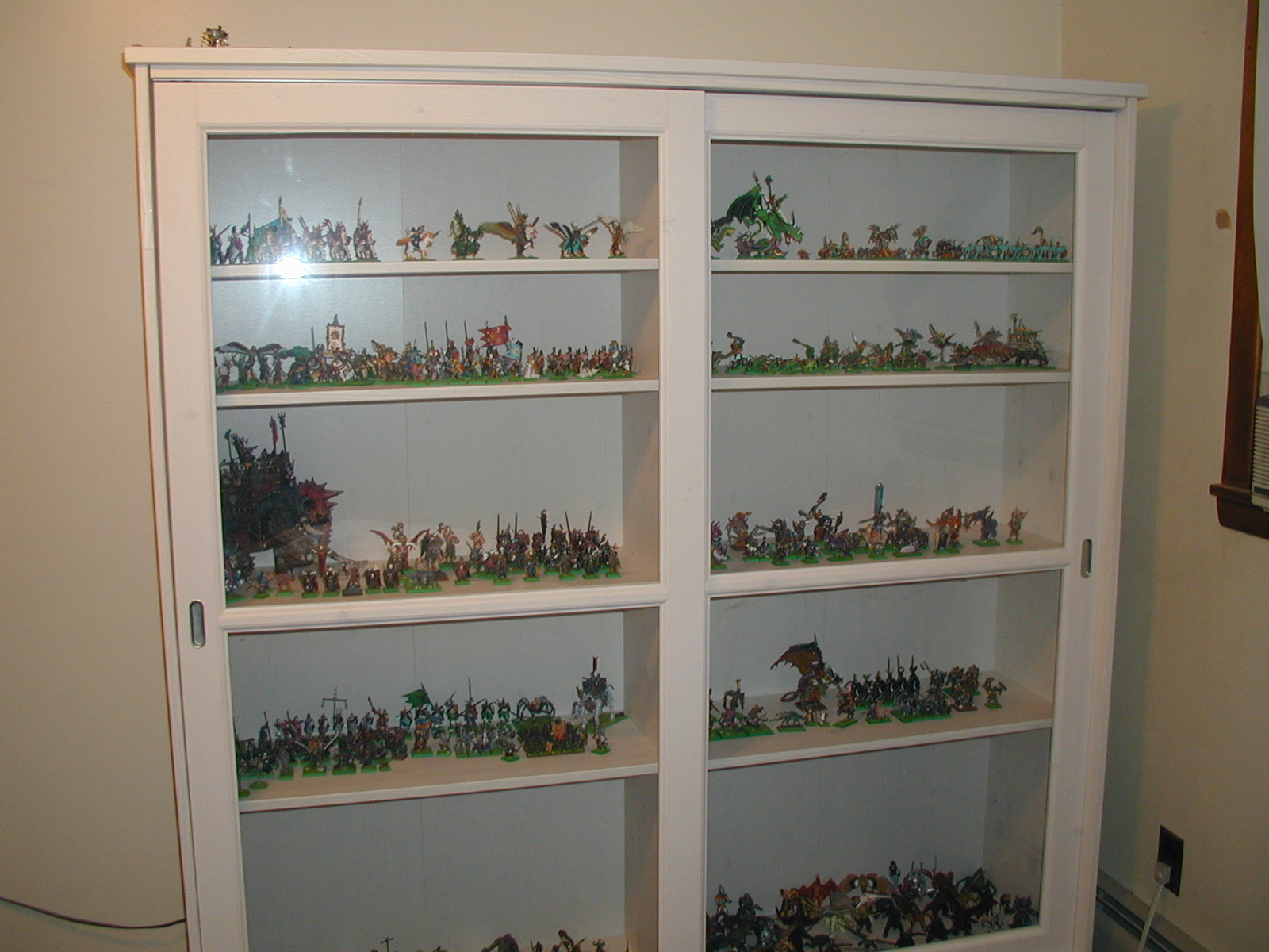 My Miniature Display Case Pic Heavy Show Off Reaper