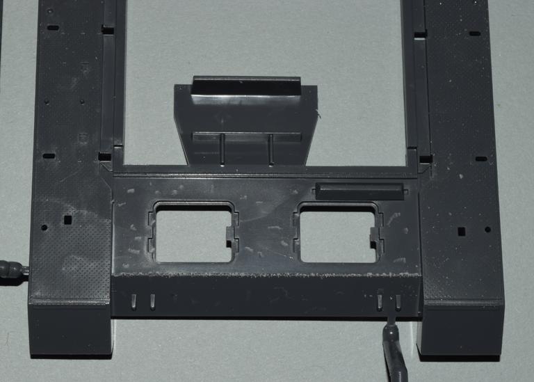 stugIII_001e_upper_hull_tooling+weld_bead.jpg