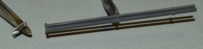 stugIII_013_antenna_trough+pe_mount.jpg