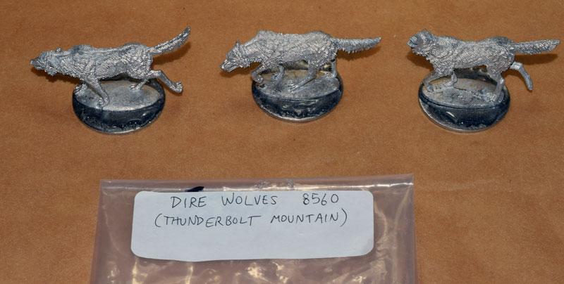 DSC_0103-Thunderbolt-Mountain-Dire-Wolves.jpg.371f0d6ddc6dff1a1df54c5195eb98ec.jpg