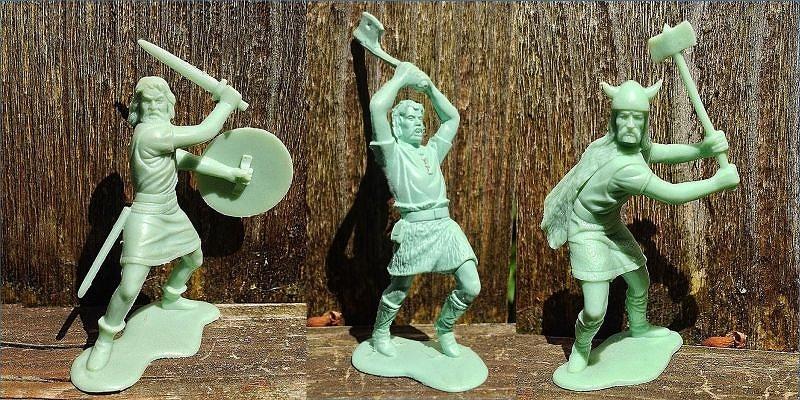 Marx-Plastic-Toy-Soldier-Vikings.jpg.1c6efb495b91819e97457509a6acbfba.jpg