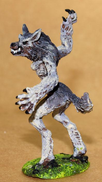 DSC_0591A-02863--Female-Werewolf-grey.jpg.e42cdedb5fa66b3596cdb5774f9e850d.jpg