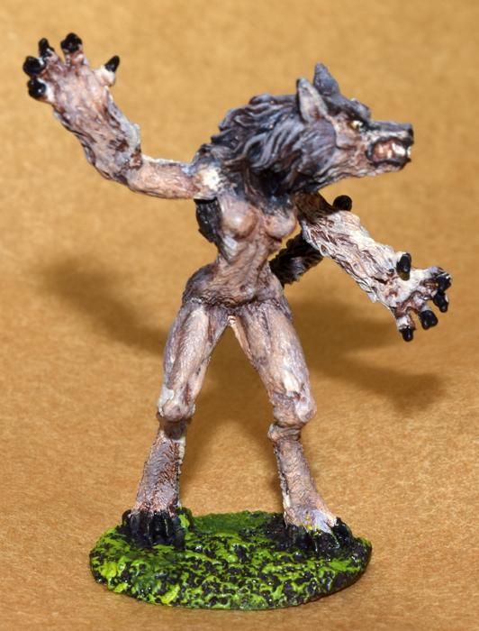 DSC_0857-Grey-female-werewolf.jpg.71050bea95fb83578c98e2631214e235.jpg