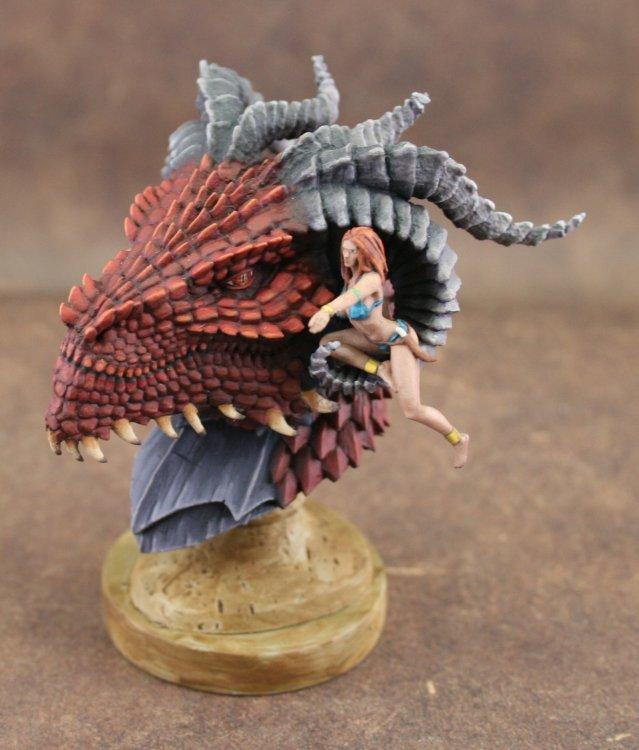 DragonQueen_KabukiStudio_Top.thumb.jpg.d3569615e85294f88b2532b0087a6c0f.jpg