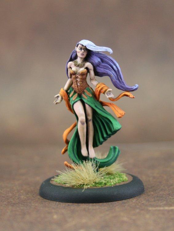 Sorceress_Unknown_Front.thumb.jpg.c2851ba822a6100f7dd059317189d9a8.jpg