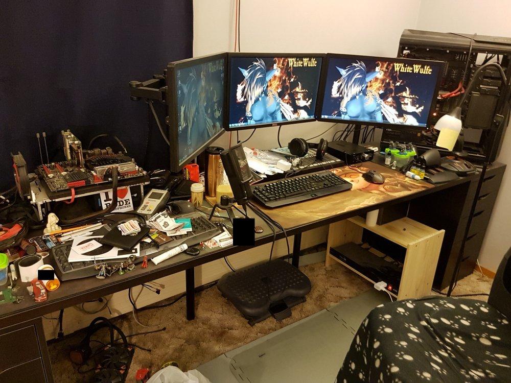 5ad17465d6d04_Deskworkspace1.thumb.jpg.3f786fac750486da5d35196cc0bbdab3.jpg