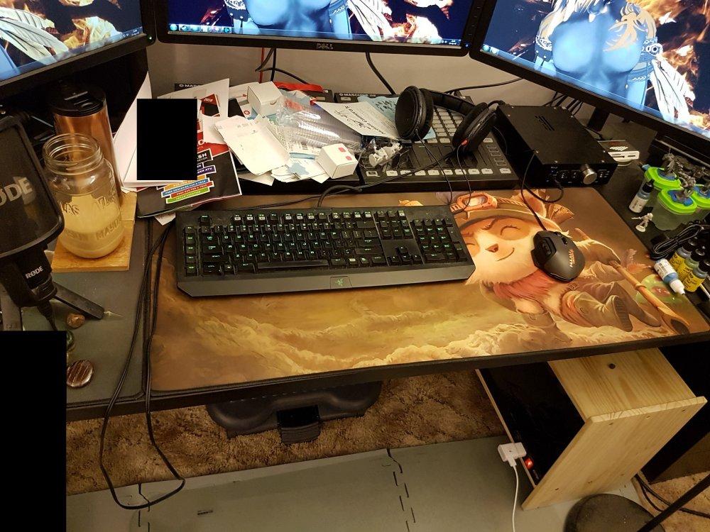 5ad17467bc2c3_Deskworkspace2.thumb.jpg.8967b750b26ffcd100aedead6d03d29f.jpg