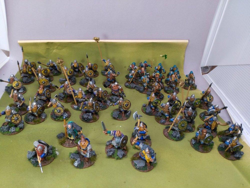 DwarfDwarves.thumb.jpg.ec2c20482ff71bca35a37f9598d6aad0.jpg