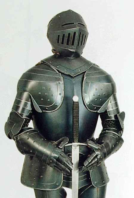 black-knight-armor.jpg.207b11037fe44cba22fe584ac3c01af2.jpg