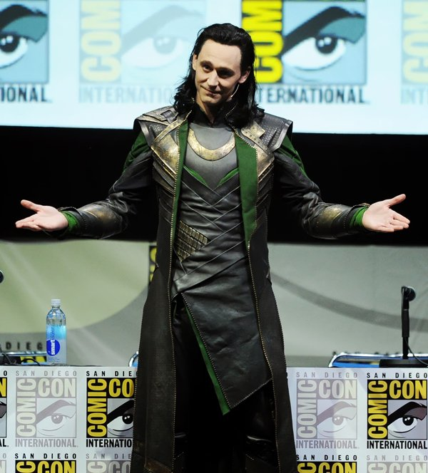 Tom-Hiddleston-Sexy-Loki.jpg.2caaf09fc28409e2d71b09db2a1b0943.jpg