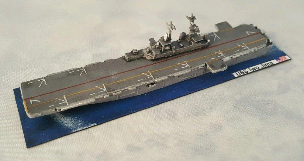 Minis - USN Assault Carrier.jpg