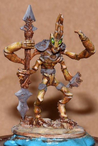 DSC_0258--03412-Zizzix-Mantis-Warrior-Yellow-Thri-Kreen.jpg.882799b68329100019bf08c0393e3f8a.jpg