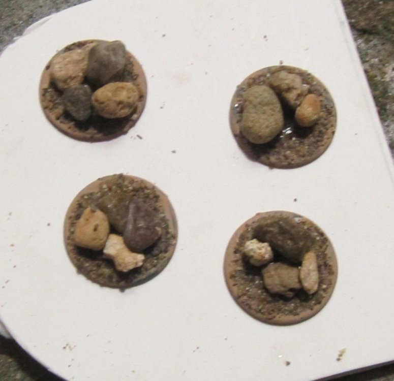 rocks.thumb.jpg.881302b8f48429484d3720555fbcd333.jpg