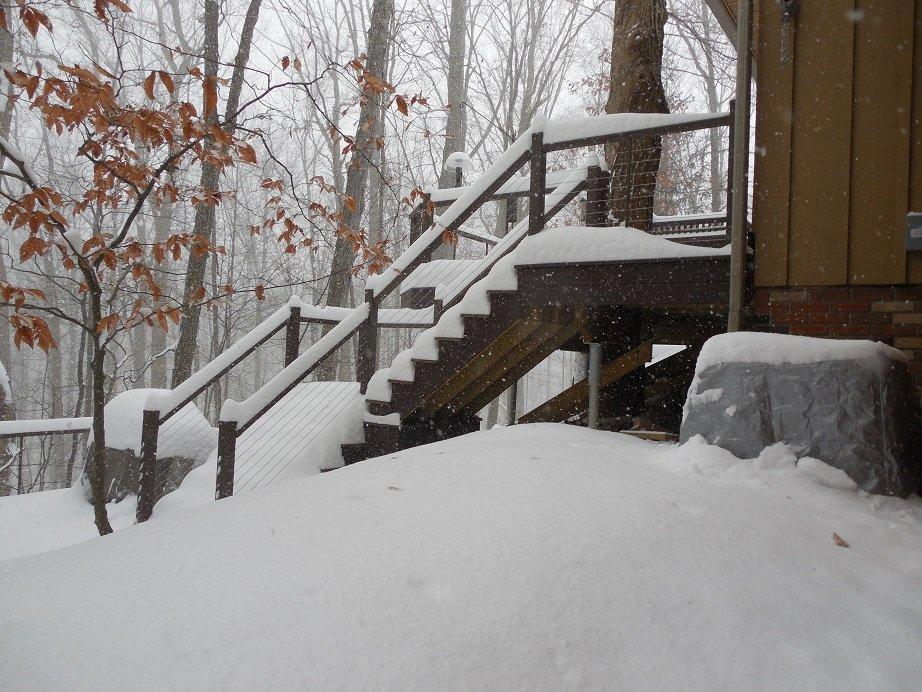snow.jpg.180bd553176255a31d598c6bb76bb510.jpg
