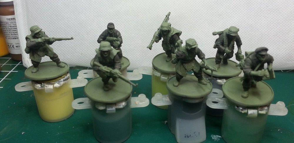 grenadiers01.thumb.jpg.bbb0d9806b46176aabe0e7725799f668.jpg