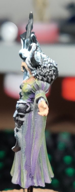 dreadmere-priestess-28.thumb.jpg.38e2fa16ae6fe5297bd6e8b637ca40aa.jpg