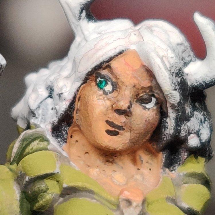 dreadmere-priestess-33.thumb.jpg.8481044d0a5932622d84aa02d8aa92ae.jpg