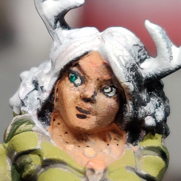 dreadmere-priestess-35.thumb.jpg.00be98c8cbc1eaa994803d302f88cdd1.jpg