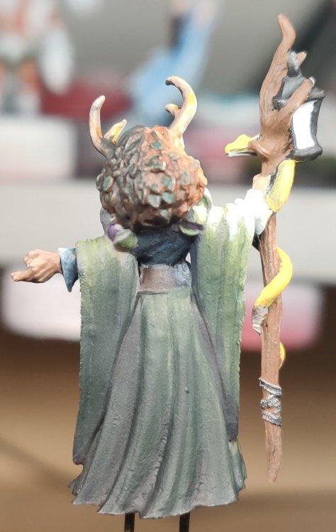 dreadmere-priestess-97.thumb.jpg.f573d69cebf61ca6f9bb4a031ee1f37b.jpg