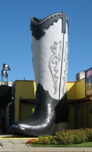 edmonton-boot.jpg.144a518b4759b9ade24f1abeb1bfd2e5.jpg