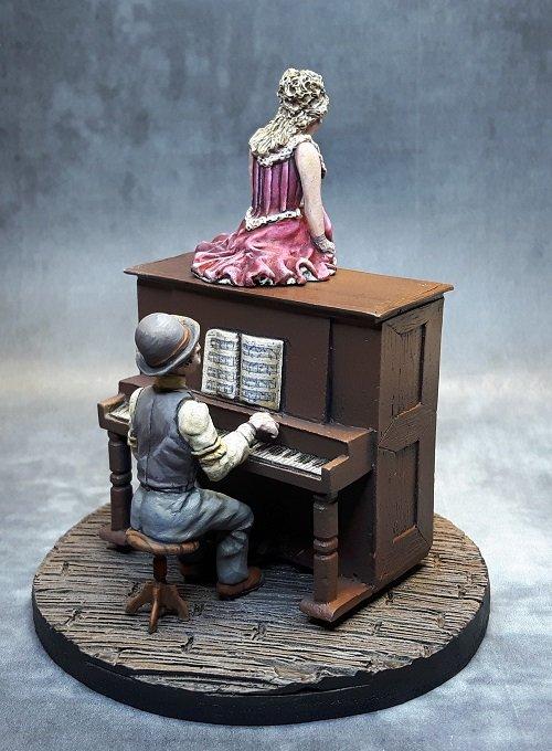1255626429_PianoPlayer.jpg.6e667cc29bde5d6df5409148f8aff9f5.jpg