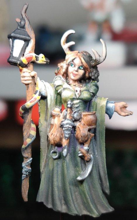 dreadmere-priestess-107.thumb.jpg.807bdae705387bf651689f64d60139bd.jpg
