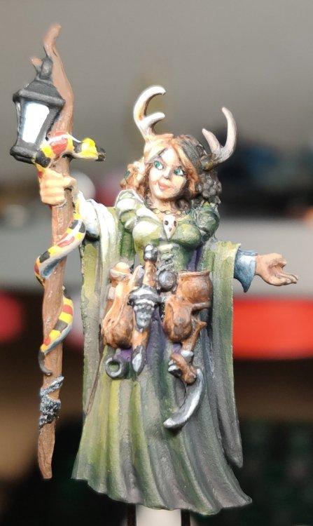 dreadmere-priestess-99.thumb.jpg.987908206124790c86dca783cd169c92.jpg