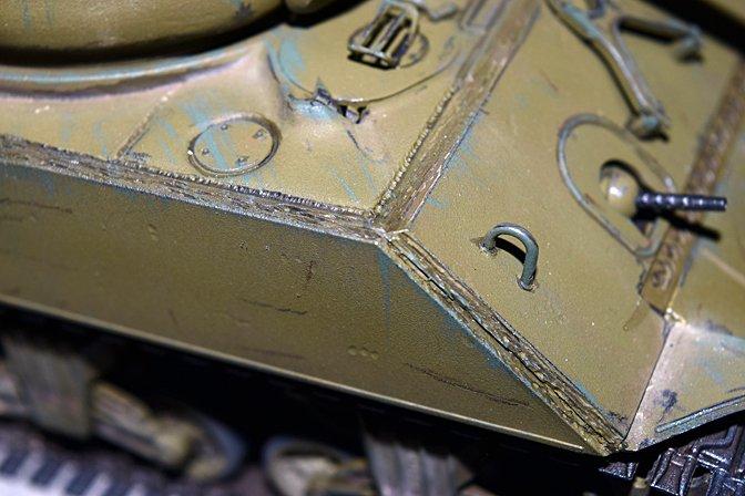 sherman_jumbo_wip_32_hull_weld_beads.jpg