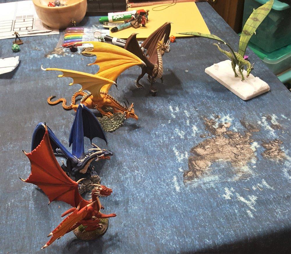 dragons2.thumb.jpg.783729e95c39c64f6e6ef6c48af9ba8e.jpg
