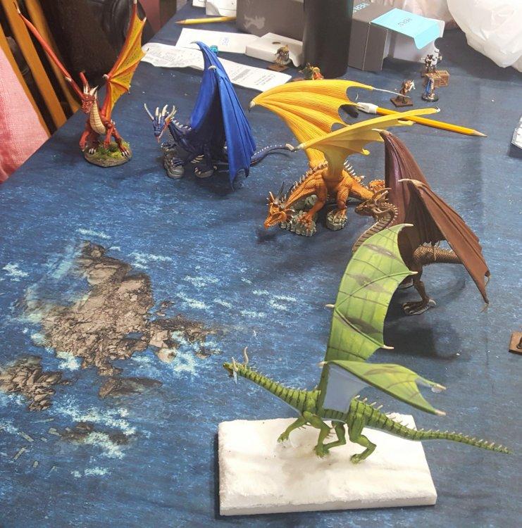 dragons3.thumb.jpg.68960bd1f14b42a315c673c8f0f2bdf2.jpg