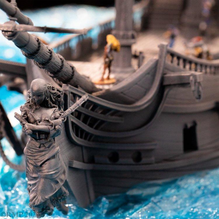 Figurehead_to_deck_with_pirates.jpg