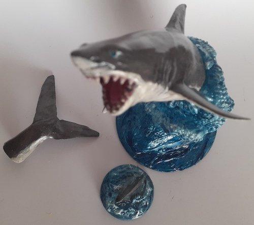 1235348237_Shark1.jpg.f2ef1580cf41b96b5d50c31594f02a24.jpg