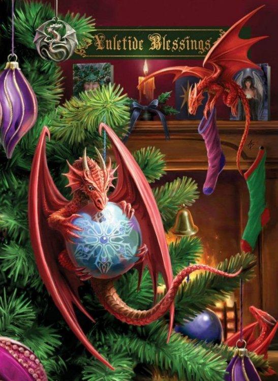 827689733_ChristmasDragons.thumb.jpg.f501ab598e4b295a54c4d2d84d8cc095.jpg