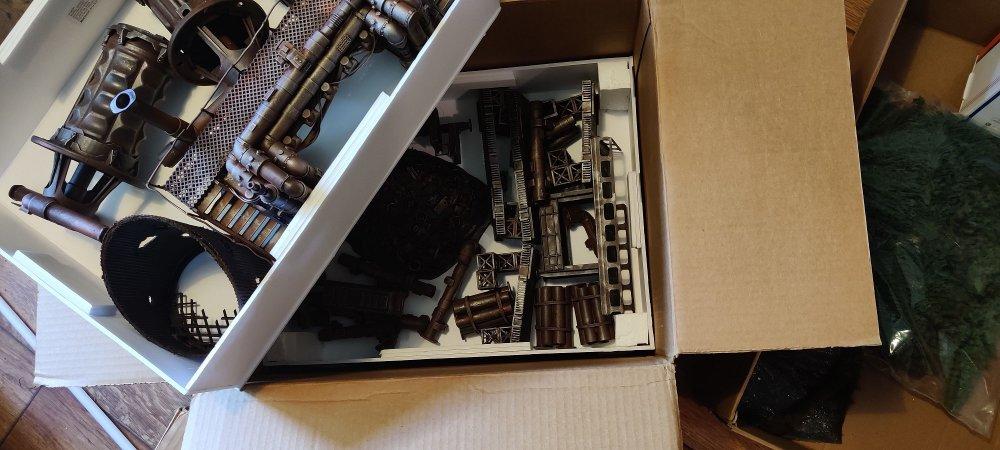 Storage_boxes_3.thumb.jpg.2715652aa94249408bb1d04e4b302130.jpg